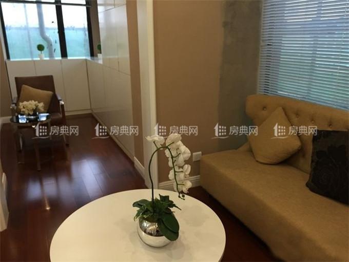 http://yuefangwangimg.oss-cn-hangzhou.aliyuncs.com/SubPublic/Upload/UploadFile/image/2018/05/02/Max_201805021641080749.jpg