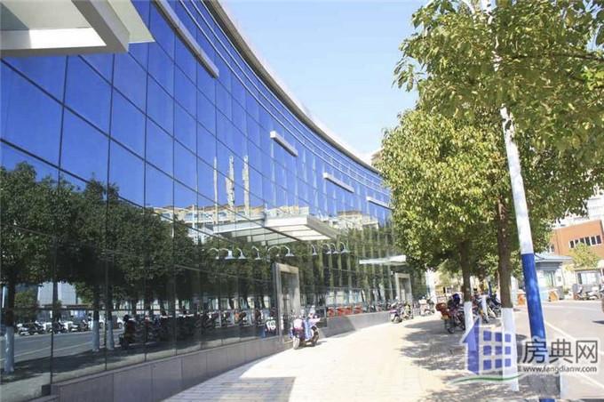 http://yuefangwangimg.oss-cn-hangzhou.aliyuncs.com/SubPublic/Upload/UploadFile/image/2018/08/08/Max_201808081014217200.jpg