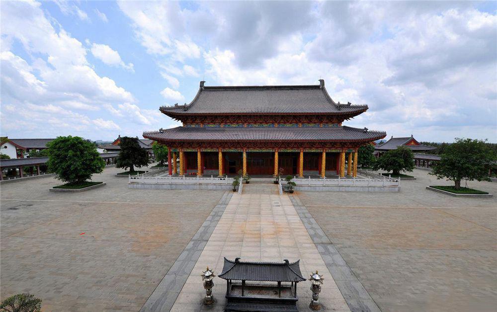 http://yuefangwangimg.oss-cn-hangzhou.aliyuncs.com/uploads/20191028/47e6ddc3a55d56afa9befdad92172c15Max.jpg
