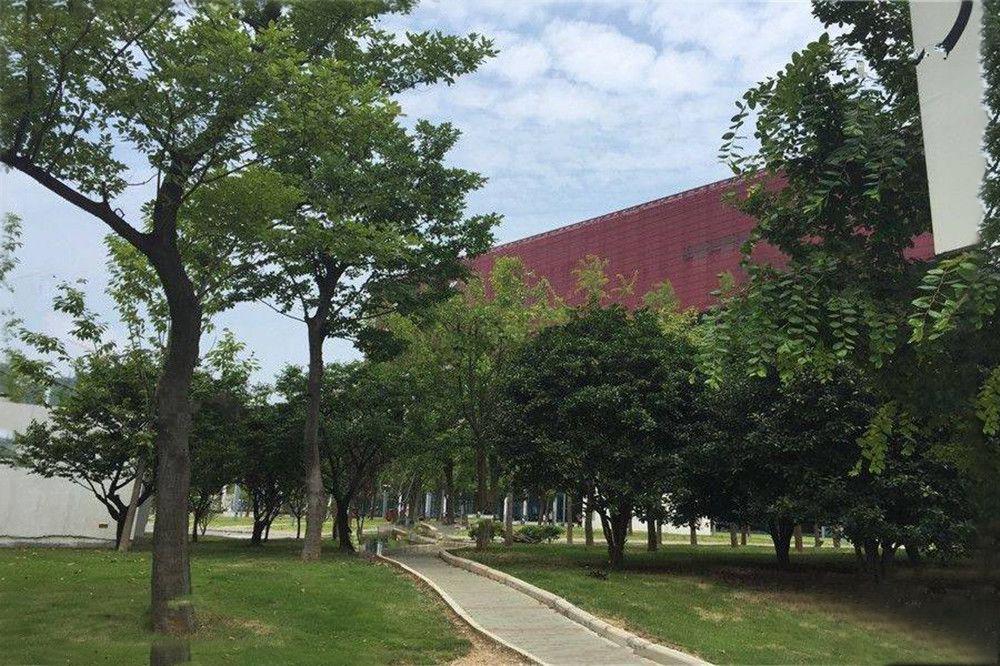 http://yuefangwangimg.oss-cn-hangzhou.aliyuncs.com/uploads/20200110/e985b2fd09bb43a36ab29eb0153e6164Max.jpg